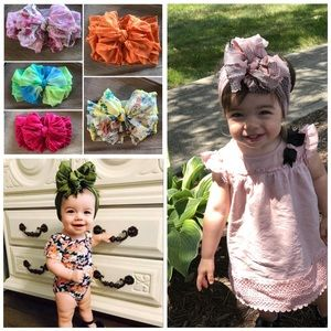 12 Messy Bow Bundle reserved. 8 preemie, 4 0/6m